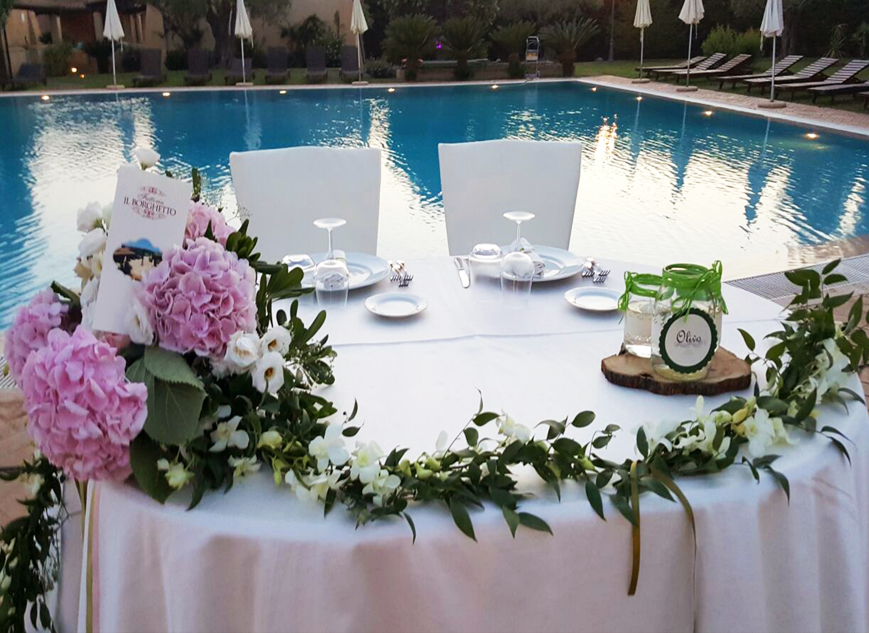 tavolo sposi piscina